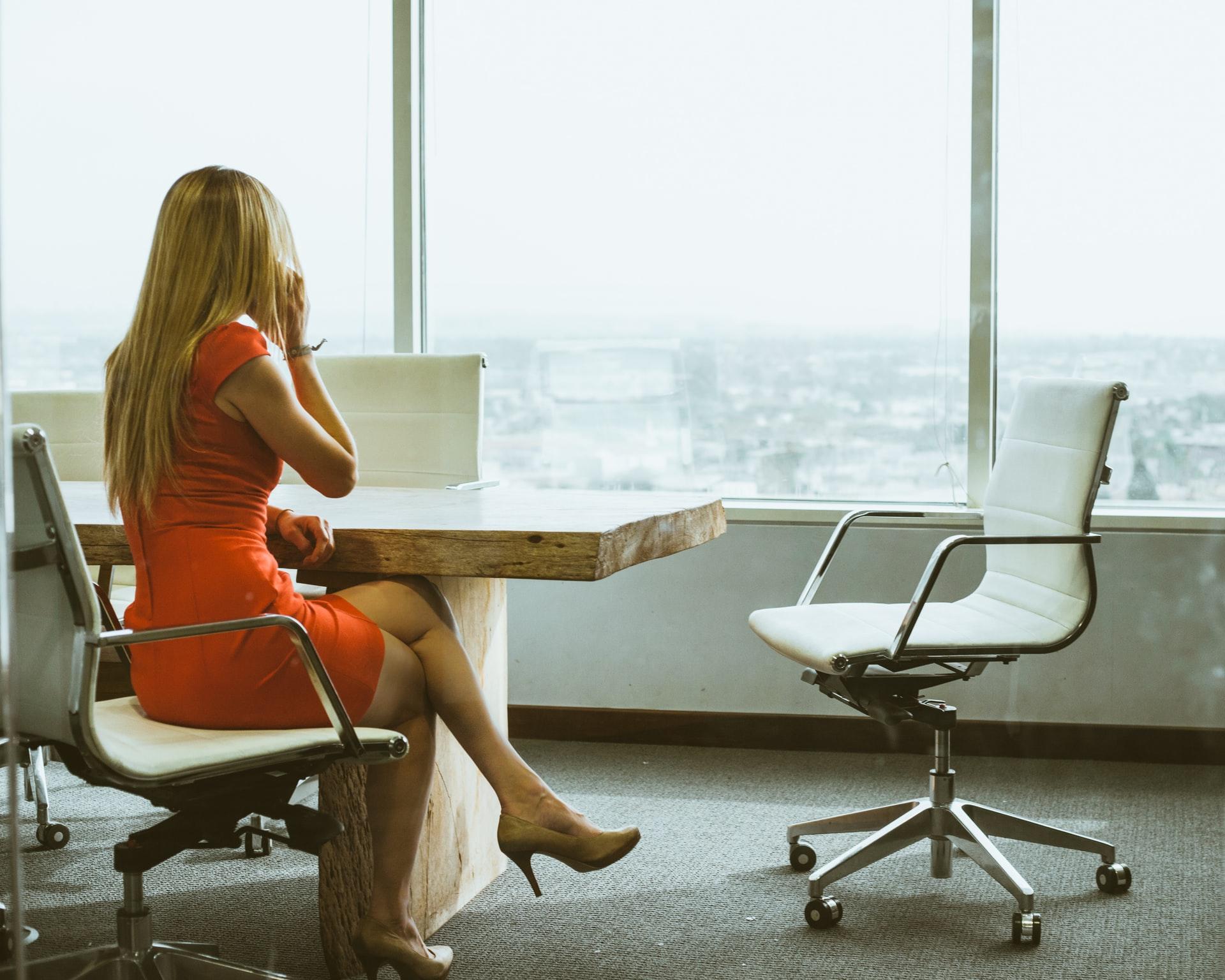 L'imprenditoria femminile ne beneficia.